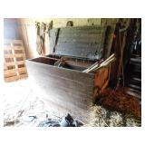 Beautiful Primitive Barn Box