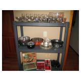 Kitchen: Glasses, Lodge Logic Camp Oven Cast Iron