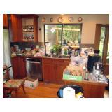 Kitchen: Pyrex Bowls