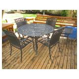 Back Deck: Deck Table w/4 Chairs