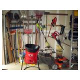 Garage: Garden Tools