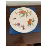 ROYAL WORCESTER FRUIT PLATE IN BOX $45