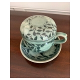 COVERED TEA CUP W/STRAINER $28