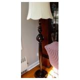 Wood Pole Lamp