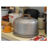 Vintage Cake Keeper