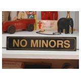 """""""No Minors"""" Sign"""