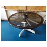 Beautiful Wagon Wheel table with glass top
