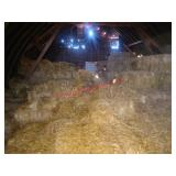 Many straw small square bales, to be removed from