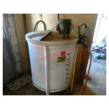 Approx 100 gal milk mixer, electric motor