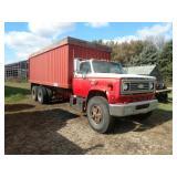 1977 Chevrolet C65 tandem axle grain truck, 10.00-
