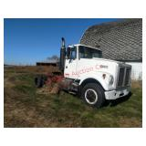 1979 White daycab, Road Boss 2, unknown condition,