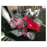 Toro Wheel Horse lawn mower, deck in poor conditio
