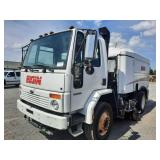 2007 Elgin SC-8000 Whirlwind Vac Sweeper