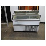 (346) Master-Bilt Display Freezer $600